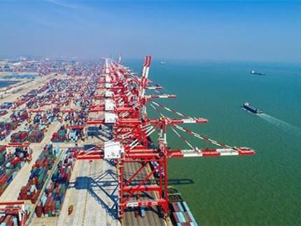 广州港进一步实现 与香港港、深圳港错位发展