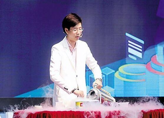 3D打印巧克力 广州科技活动周上演科技美食大碰撞
