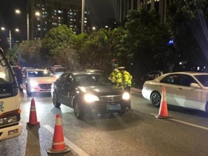 车内交通违法也能查!深圳317套交通监控执法设备启用